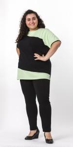 T-Shirt mit Diagonalschnitt