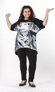 Tunika-Shirt mit schwarz-weiss-Druck